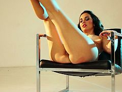 Charming dark-haired chick Anna Capri is having fun indoors. She takes her clothes off and poses for the cam in her birthday suit.