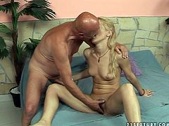 Perverted grandpa seduces cute blonde chick for sex. So he thrusts his dick in her pretty mouth lips getting hot blowjob. Later he eats her tasty wet pussy. Hot old young porn video presented by 21 Sextury.