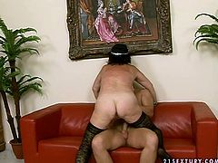 Skanky brunette BBW in raunchy black lingerie stands in doggy pose giving a rimjob to aroused dude before she tops him for a ride in cowgirl style later switching to sideways position.