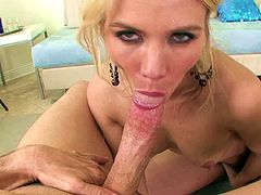 Dazzling blonde beauty manages to amaze with her POV blowjob skills