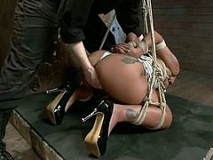 This booty Malaysian siren Skin Diamond is inflicted to the BDSM fantasies of her man. He oils her up and gives her severe bondage!