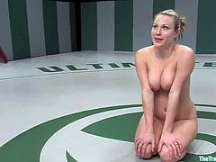 This sex slave is so fucking irresistible! She gets naked and poked by that powerful fucking machine. Then Harmony gets boxed on her head.
