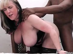 Doggystyle interracial fuck of a sexy fat chick