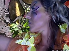 Dude, check out this 21 Sextury xxx clip and be sure to jizz right here and now. Horny brunette with strange makeup fists and stimulates with feet the wet pussy of ugly chick with scars right on the floor.