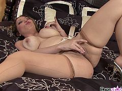 Dirty babe likes to play with her hot cunt in sexy pantyhose solo session