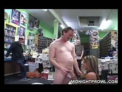 Kinky bitch Courtney Cummz is ready to give blowjob in public