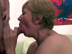 Preggo amateur gets threesome with mature dick sucking hoe