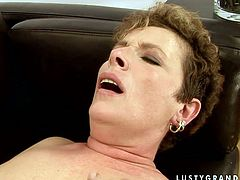 Old bicth and amateur brunette fuck each other on the couch