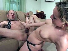 Billy is having fun with blonde dominatrix called Gwen Diamond. She lets the skank bind and beat him and then enjoys having a strapon in his butt.