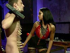 The exotic babe Skin Diamond is going to strapon fuck and face sit a guy in this femdom video where she shows him who the boss really is.