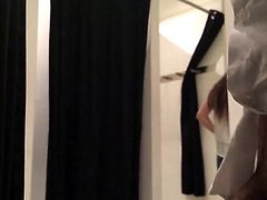 Fitting room 6