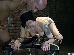 This horny and smoking hot babe Lorelei Lee is under some nice BDSM fantasies. Babe gets a tied rope bondage and then she gets nailed in her hot twat!