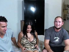 Curvy brunette mommy Sophia Lomeli fucks bad in hardcore MMF threesome