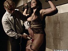 Buxom wench Aletta Ocean can give any man an instant erection just seeing her big delicious boobs. Shapely bombshell is bound hand and foot and gets her pussy tickled with vibrator in this breathtaking BDSM sex video.