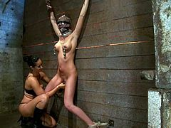 Here is a famous lesbian BDSM sex master Isis love, torturing a regular chick Kaylee Hitlon. They have a lot of porn videos together, but this one is very different from the others!