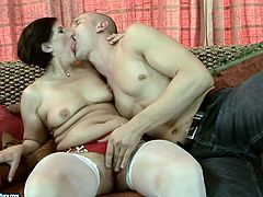 Hussy brunette wearing white stocking enjoys pussy licking by young dude