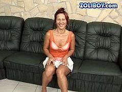 Hussy mature jade is piss drinking in dirty xxx porn video