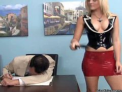 Kinky dominant blondie acts like a whorish queen. Bitchie chick in tight top and short skirt sits and horny dude licks her high boots and then feet with delight. If you're interested in foot fetish, you're welcome to enjoy this Pornstar sex clip.