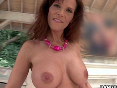 Luscious redhead angel Syren De Mer is in love with a huge one