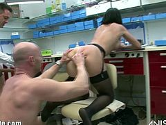 Hot ass dentist Anissa Kate gets down and dirty with two guys in this hot threesome sex scene. Slut wraps her lips around hung guy's cock and gets her ass fucked at the same time.
