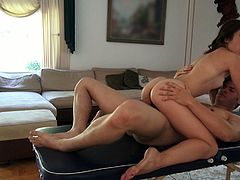 Ridiculously hot and sexy woman with stunning body shape gets on top of solid rod jumping actively. She fuck masseur passionately. Damn, I would die to be in his place.