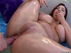 Sexy brunette skank Dayna Vendetta oils her bubble butt and demonstrates it to the guy. Then they fuck in missionary position and the dude also slams Dayna's brown eye from behind.