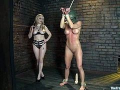 This gorgeous and horny mistress Aiden Starr gets Ariel X in pain. She ties her up and sticks that huge strapon dildo deep in that wet cave!