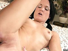 Bobbi Brixton gets face drilled