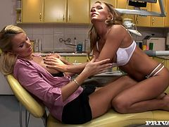 It wouldn't be that scary to go to dentist if all doctors would look like this gorgeous woman. I would destroy all my teeth just to have a chance to visit this sexy dentist and probably have chance to fuck her hard in the office. Here in this video, saucy woman seduces her client and eats her pussy dry.
