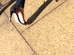indian girl walking through town with sexy feet