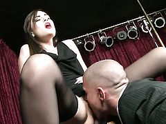 Sasha Grey gets her mouth stretched by beefy hard schlong of horny fuck buddy