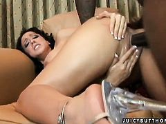 Ricki White with gigantic jugs gives deep throat job to horny fuck buddy