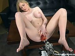This lusty and gorgeous blondie Michelle is having a great time with that fucking machine! Babe spreads her legs wide and it makes her holes feel staffed!