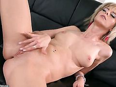 Blonde White Angel is too hot to stop stroking her vagina