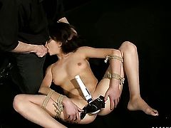 Teen temptress gets her deadeye drilled full of dick