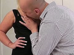 Having a work colleague such as Sindy, can really tense things in the office! She's a blonde whore with a pair of huge boobs and a booty, that asks for cock. The chunky lady enters the kitchen, where there's only one of her colleagues. Feeling naughty, she takes advantage of the situation and fucks with him!