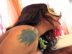 Jazmine Cashmere is a round assed horny lady in mask. She hides her face and makes no secret of her butt and pussy. She gets her vagina drilled by her dark skinned bang buddy. Enjoy!