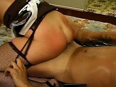 Cock riding brunette maid Levon is not shy to give us one horny show with her master. Her skills are unparalleled and there is no doubt she needs some raise.