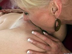 Seductive young brunette pleases one mature hoochie on a couch. She rims her ass hole and licks vintage pussy. Enjoy watching old+young lesbians for free.