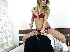 Blonde pornstar Nikky Thorne makes dudes throbbing pole disappear in her mouth in sexual ecstasy
