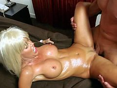 Fit bimbo gets gazongas sprayed with cum