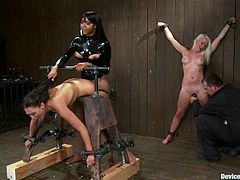 Lorelei Lee and Sexy Jade enjoy the best BDSM action