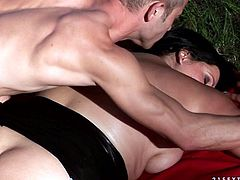 Sizzling hot black haired MILF stuns with her big juggs and her thick curves. Phat beauty gets massage and receives amazing cunnilingus.
