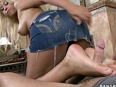 Check out this hot scene where the beautiful Bridgette B gives this guy a footjob just the way she knows how to.