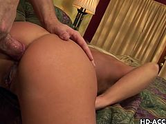 Matures HD brings you an amazing free porn video where you can see how the nasty blonde milf Phyllisha Anne gets her ass fucked into heaven while assuming very naughty poses.