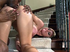 Well stacked blonde diva Jessie Rogers takes fat BBC up her pinkish asshole doggystyle. Chick rides that black meat pole on top and takes anal creampie.