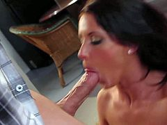 Mia Valentine gets nailed by Joey Brass