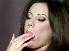 Anita Pearl does her best to give herself as much pleasure as she can