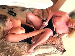 Debi Diamond and Ginger Lynn are two sex addicted lesbians. They lick pussies and finger asses. Then they also use their dildos.