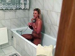 Charming blonde girl skis and shows her boobies outdoors. Then she comes home and takes a shower. After that she sucks big fat cock and gets fucked in POV video.